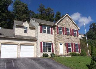 Foreclosed Home en FARMINGTON DR, York, PA - 17407