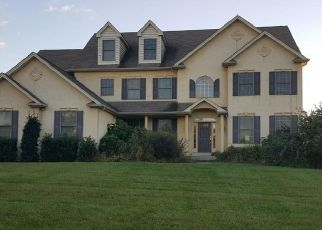 Foreclosed Home en REINER RD, Norristown, PA - 19403
