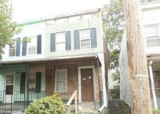 Foreclosed Home en GREEN ST, Marcus Hook, PA - 19061