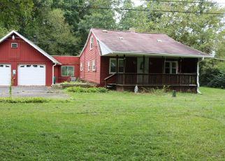 Foreclosed Home en HARBISON RD, Sarver, PA - 16055
