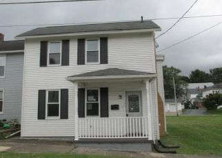 Foreclosed Home en W BROWN ST, Blairsville, PA - 15717