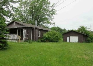 Foreclosed Home en ANTRIM RD, Elyria, OH - 44035