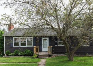 Foreclosed Home en NORTHWOOD DR, Endicott, NY - 13760