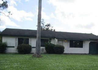 Foreclosed Home en SABLE CIR SE, Palm Bay, FL - 32909