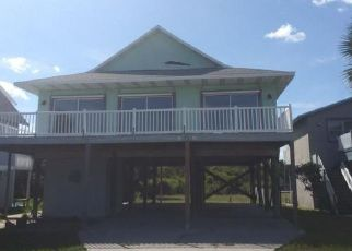 Foreclosed Home en N FLETCHER AVE, Fernandina Beach, FL - 32034