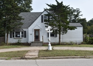 Foreclosed Home in S 18TH ST, Chickasha, OK - 73018