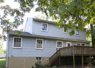 Foreclosed Home en CHAPELGATE DR, Odenton, MD - 21113