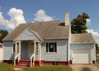 Foreclosed Home en HICKORY DR, Springfield, OH - 45503