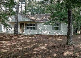 Foreclosed Home in CAMBRIA RD, Carterville, IL - 62918