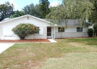 Foreclosed Home en HAMPDEN RD, Winter Haven, FL - 33884