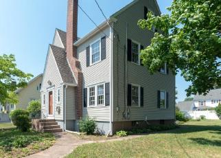 Foreclosed Home in WELLINGTON RD, Manchester, CT - 06040