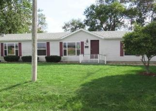 Foreclosed Home in E CORNELL ST, Papineau, IL - 60956