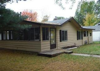 Foreclosed Home in ELM ST, Houghton Lake, MI - 48629
