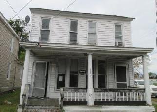 Foreclosed Home en TIDEWATER DR, Norfolk, VA - 23504