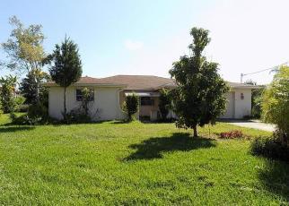 Foreclosed Home en FLEXER DR, Spring Hill, FL - 34607