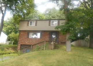 Foreclosed Home en BLUE RIDGE RD, Pittsburgh, PA - 15239