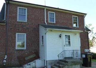 Foreclosed Home en W RIDGE PIKE, Pottstown, PA - 19464