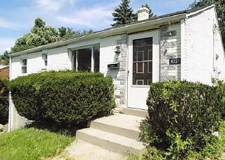Foreclosed Home en NORMA DR, Pittsburgh, PA - 15236