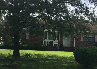 Foreclosed Home in SUMMERWOOD DR, Raeford, NC - 28376