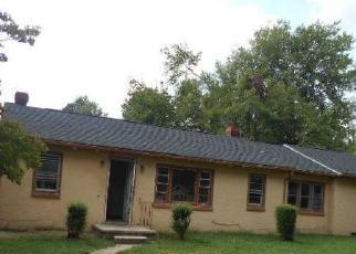 Foreclosed Home en PERIMETER RD, Milford, VA - 22514