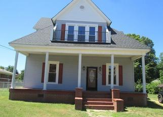 Foreclosed Home in LINCOLNTON RD, Salisbury, NC - 28144