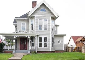 Foreclosed Home en S 6TH ST, Ironton, OH - 45638