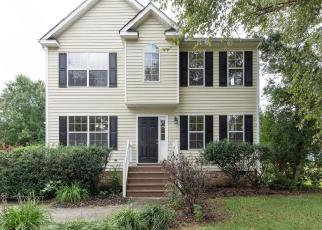 Foreclosed Home en VARINA STATION DR, Richmond, VA - 23231