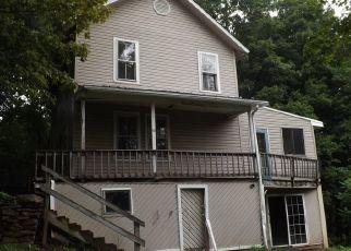 Foreclosed Home en CHURCHILL ST, Dushore, PA - 18614