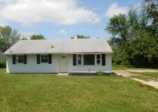 Foreclosed Home in N DENNIS DR, Clayton, NJ - 08312