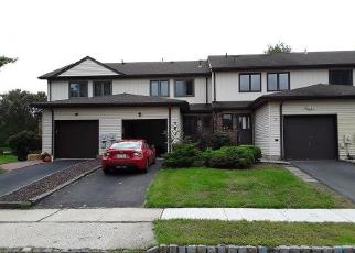 Foreclosed Home in MANCHESTER RD, Flemington, NJ - 08822