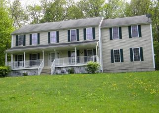 Foreclosed Home en COUNTRY GARDEN CT, Terryville, CT - 06786