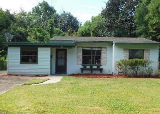 Foreclosed Home en IRVINGTON AVE, Jacksonville, FL - 32210