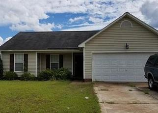 Foreclosed Home in CAMDEN ROAD EXT, Hope Mills, NC - 28348