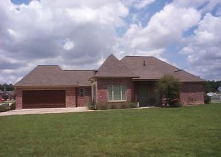 Foreclosed Home in WILLOW RIDGE DR, Lake Charles, LA - 70605