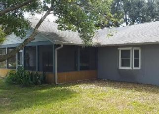 Foreclosed Home en SHERWOOD DR, Titusville, FL - 32796