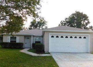 Foreclosed Home en WANDERING PINES TRL W, Jacksonville, FL - 32258
