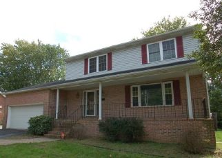 Foreclosed Home in WOODROW AVE, Wilmington, DE - 19803