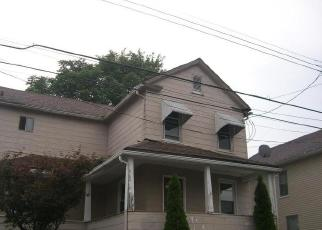 Foreclosed Home en GREEN ST, Kingston, PA - 18704