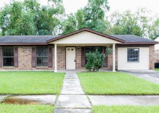 Foreclosed Home in CASE LN, Lafayette, LA - 70506