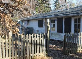 Foreclosed Home en DIAMOND ST, Sellersville, PA - 18960