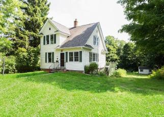 Foreclosed Home en CHERRY AVE, Watertown, CT - 06795
