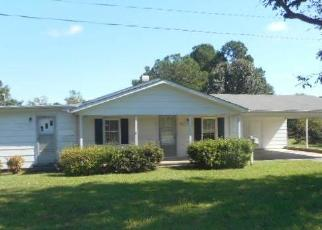 Foreclosed Home in BOLING ST, Clayton, NC - 27520