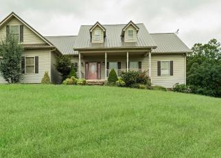 Foreclosed Home in CHESTNUT GROVE CIR, Dandridge, TN - 37725