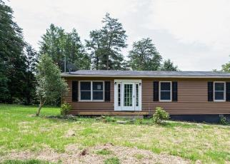 Foreclosed Home en ROYAL WALNUT RD, Front Royal, VA - 22630