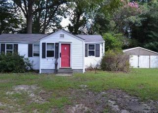 Foreclosed Home en WILLIAMS LANDING RD, Hayes, VA - 23072