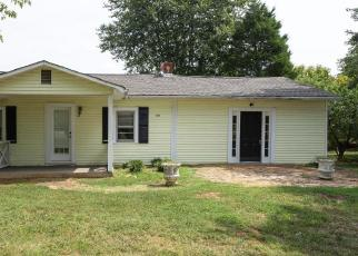 Foreclosed Home in OLD MOUNTAIN RD, Statesville, NC - 28625