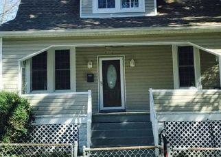 Foreclosed Home en BRIGHTWOOD AVE, Gwynn Oak, MD - 21207