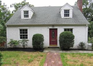 Foreclosed Home en WEAVER ST, Scarsdale, NY - 10583