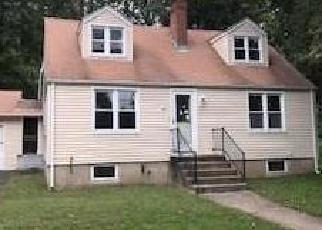 Foreclosed Home en LINTON ST, Stratford, CT - 06614