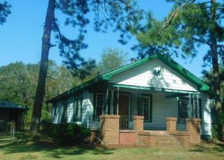 Foreclosed Home en E BROAD AVE, Albany, GA - 31705